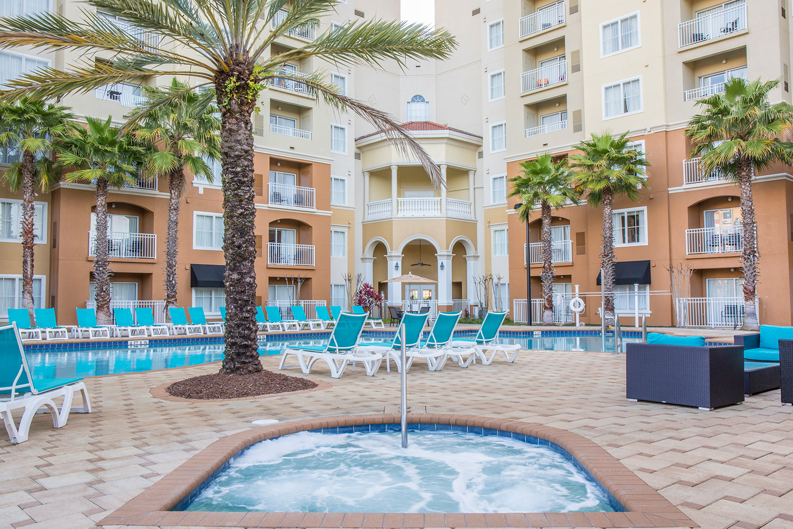 Pool and hot tub at The Point Orlando