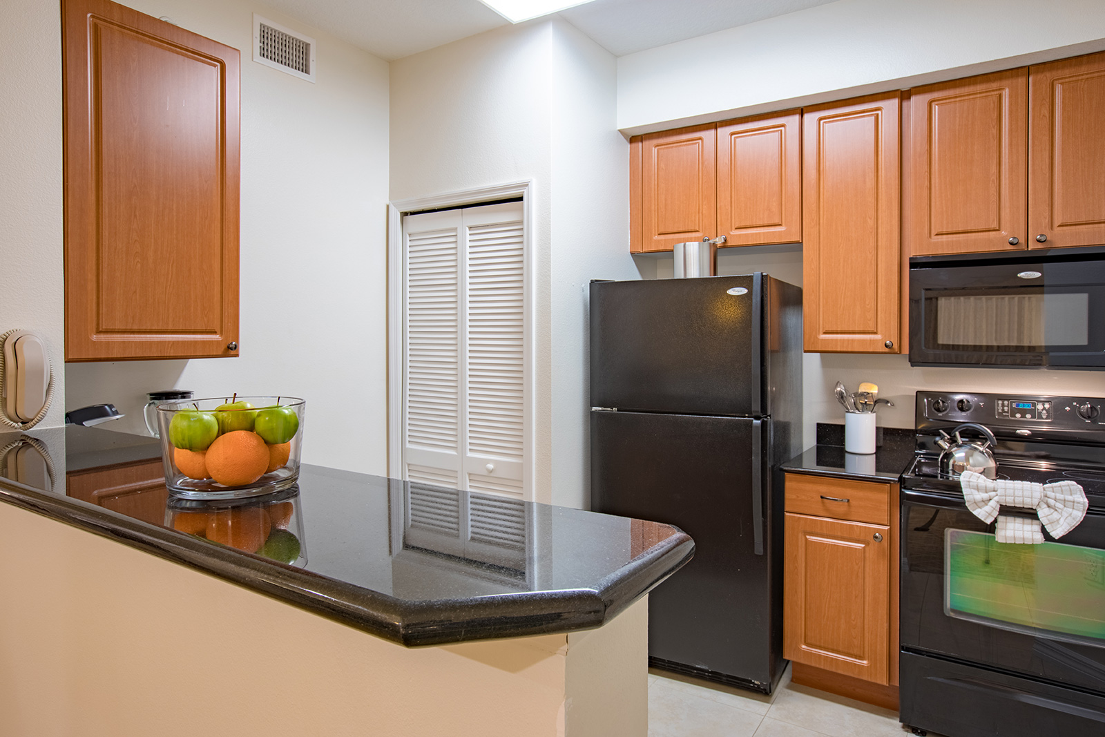 Orlando All Suite Hotels One And Two Bedroom Resort Suites In Orlando