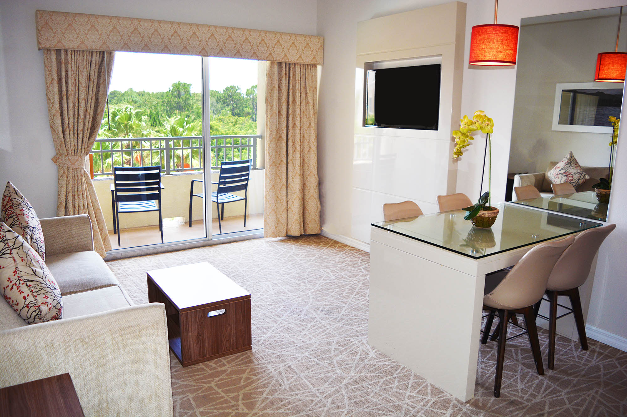 Outstanding Orlando All Suite Hotels One And Two Bedroom Resort Suites Download Free Architecture Designs Meptaeticmadebymaigaardcom